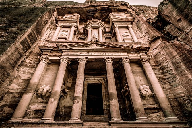 2-Day Private Tour: Petra, Wadi Rum, and Dead Sea from Amman