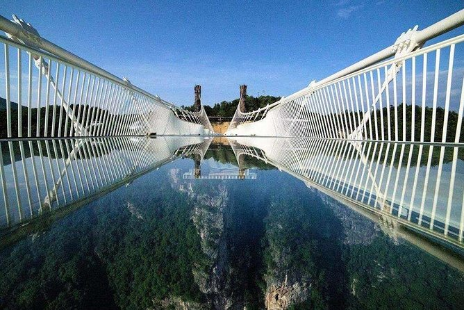 One Day Zhangjiajie Tour to Avatar Mountain and Glass Bridge