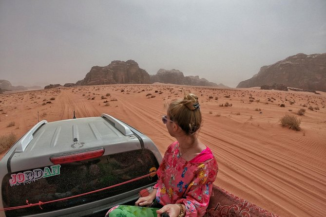 Wadi Rum Jeep Tour adventure with BBQ Lunch
