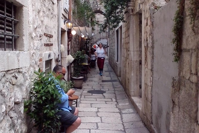 Discover Jewish History of Split, With 16th Century Jewish Cemetery