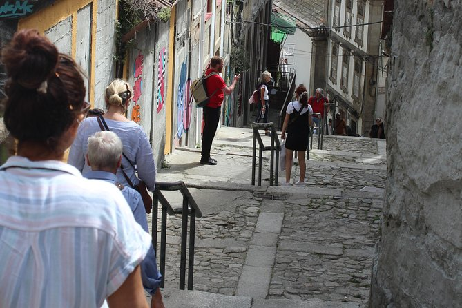 Porto Treasure Hunters - Food and City Experience photo 3