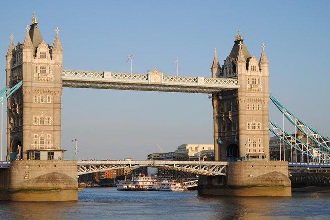 Historic walking tour in London