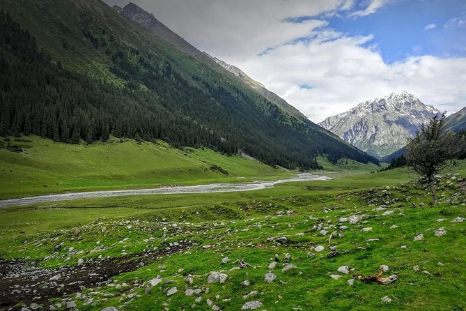 The Essential Kyrgyzstan | 9 Day Tour