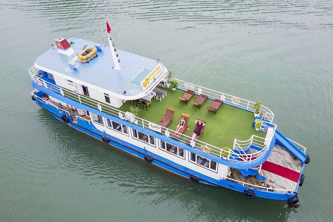 Wonders Cruise- Ha Long & Lan Ha full day: Lunch-swimming-teabreak-cooking class