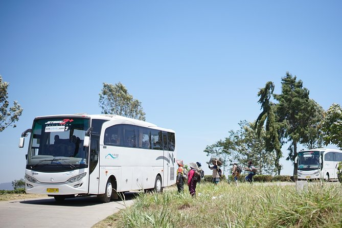 8-Days Hiace Travel and Tour including Rental Mobil in Bandung
