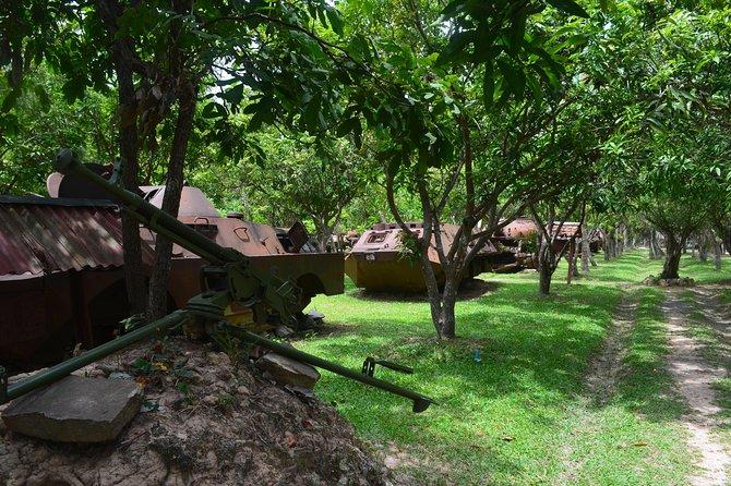 Half Day War Museum Siem Reap Killing Fields and Artisans Angkor