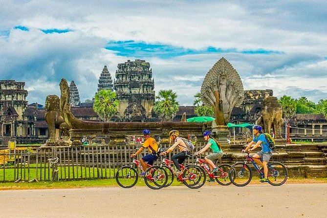 Angkor Sunrise Discovery Bike Tour Included Breakfast & Lunch photo 2