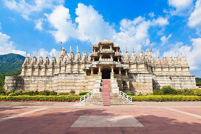 Kumbhalgarh & Ranakpur Jain temple Trip from Udaipur