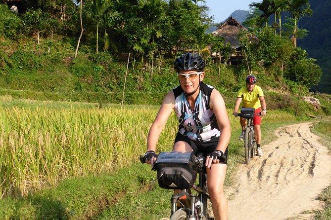 [Biking Tour] Mai Chau Ecolodge - Xam Khoe - Van Mai - Chieng Chau (Full day)
