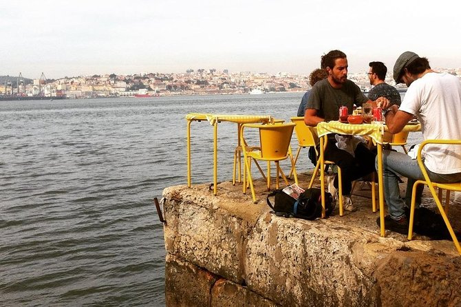 A foodie's tour on his own Lisboa adventure for small groups