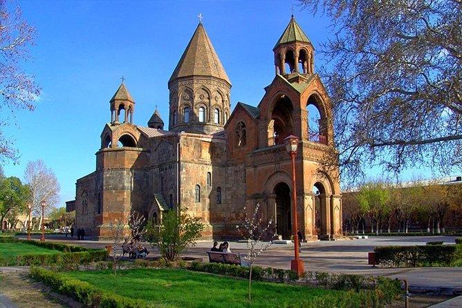 PRIVATE Guided tour to Garni, Geghard, Etchmiadzin & Zvartnots