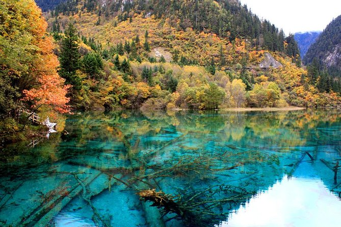 Private Amazing 3-Days Jiuzhaigou And Huanglong National Park Package Tour