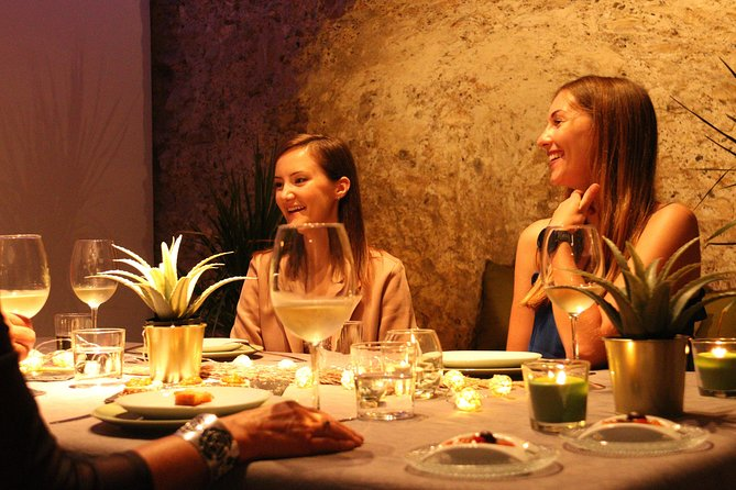 Valencia Shore Excursion: Highlights Tour, Tapas & Wine in 11th Century Monument