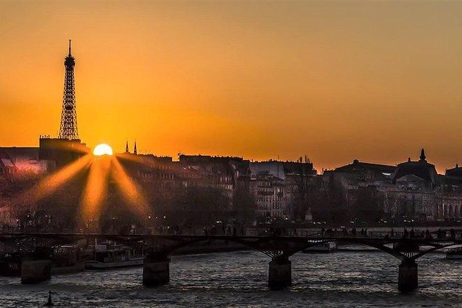 Summer Night Tour in Paris - Option River Cruise with Champagne