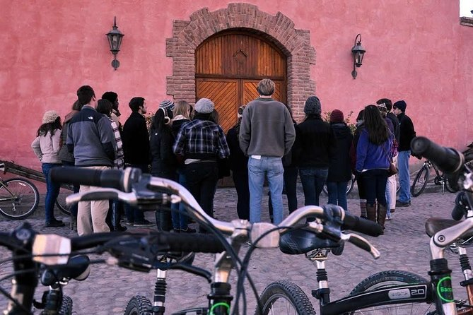 Bike wine tours. Visit 3 wineries and enjoy gourmet lunch