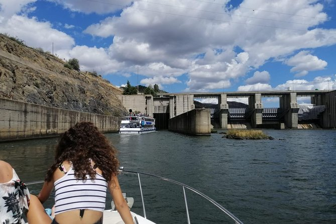 4 Days in Private Boat Tour in Douro River