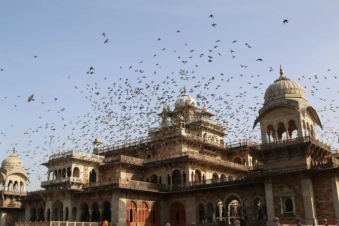 Royal Trails of Jaipur (Guided Half Day City Tour)