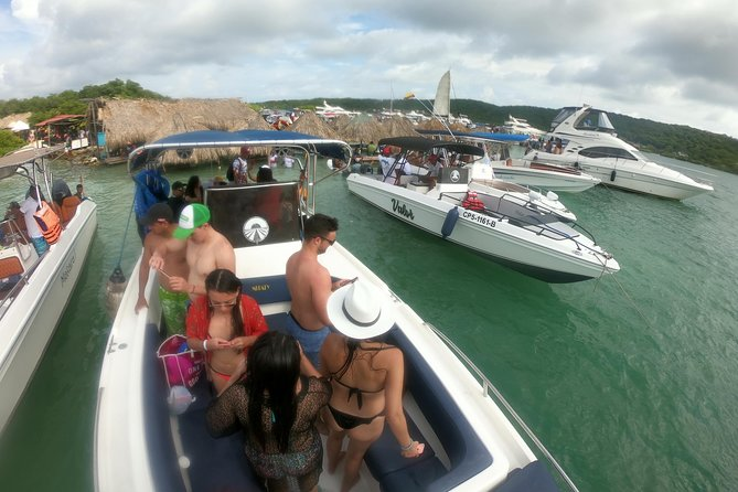 Private Tour to Rosario Islands Full-Day (rental boat)