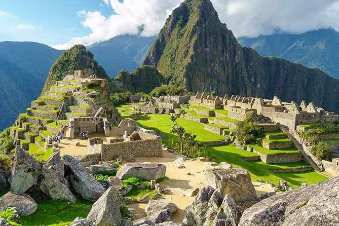Tour Machu Picchu + Huaynapicchu Mountain | 2 Days From Cusco | photo 2