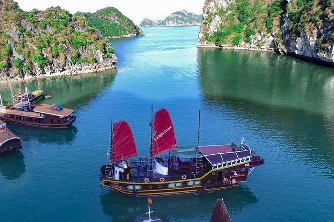 Halong Bay-Cat Ba island 3 days/2 nights(1 night on boat -1 night 3 star hotel)
