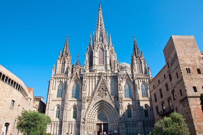 The core of Barcelona : Walking private tour