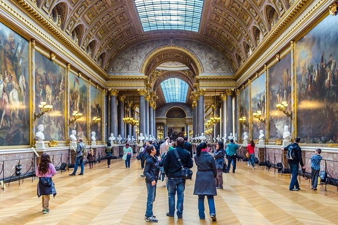 Louvre Museum Premium Tour : 2-Hour Private Guided Tour (Up to 6 People)