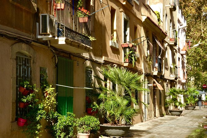 Self-guided Discovery Walk in Barcelona's Barceloneta: more than just beaches