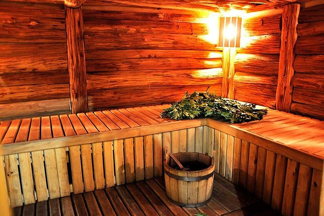 Russian sauna (banya) experience photo 4