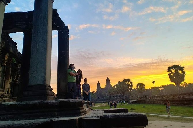 Sunrise Tour of Angkor Wat from Siem Reap photo 2