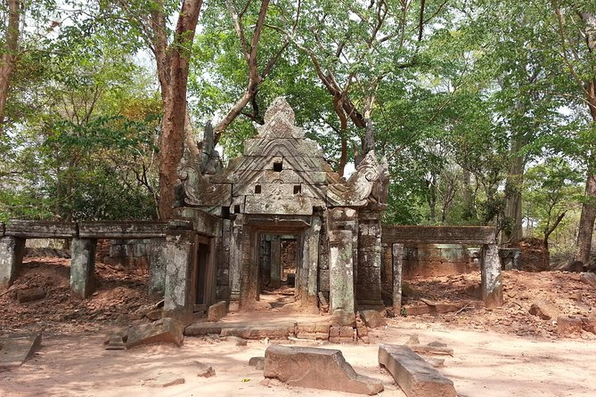 Private Tour to Beng Mealea and Koh Ker photo 3