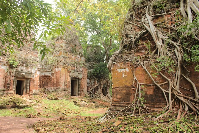 Private Tour to Beng Mealea and Koh Ker photo 2