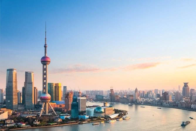 Shanghai City Day Tour with Yuyuan Garden and Huangpu River Cruise photo 1