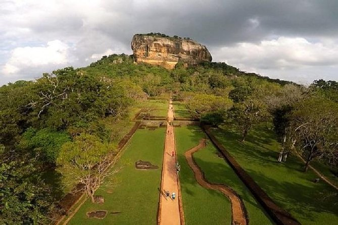 Sigiriya Rock & Dambulla Cave Temple Day Tour From Bentota