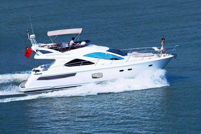 Sanya Yacht Sailing for 3 hours in Sanya Hainan Island