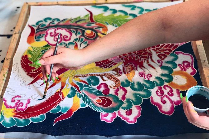 Make and paint a Malaysian batik scarf