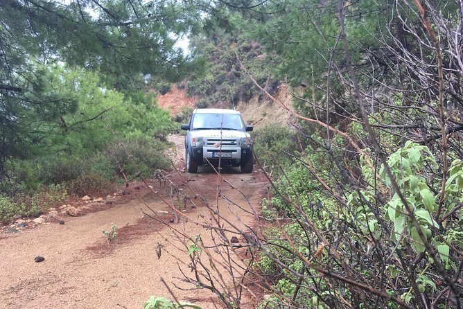 Uncharted Escapes: Land Rover Safari in Rhodes South Route