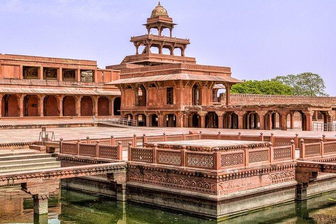 Private Agra Fort Tour and Taj Mahal Sunrise from Delhi