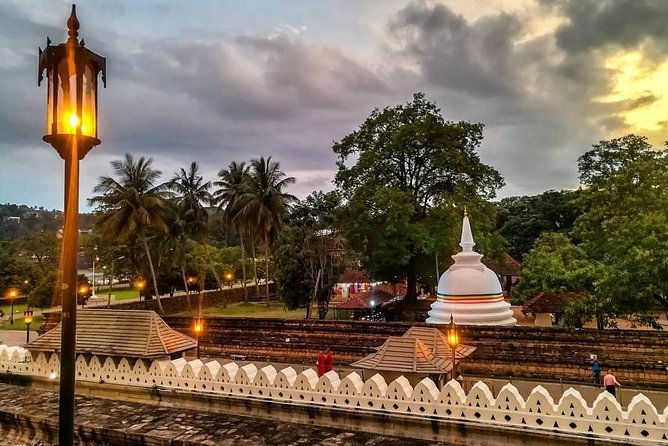 Kandy Sightseeing Day Tour from Kalutara / Wadduwa (All Inclusive)