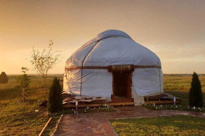 2 Days / Nomadic experience in Yurt