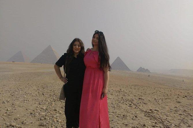 8-hours full-day Giza Pyramids Sphinx Memphis Sakkara Day tour