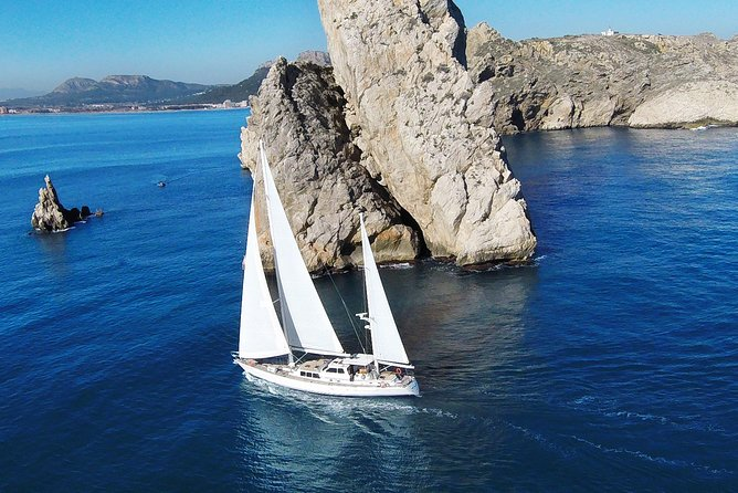 Costa Brava Sailing Tour - Day Charter 10h to 18h