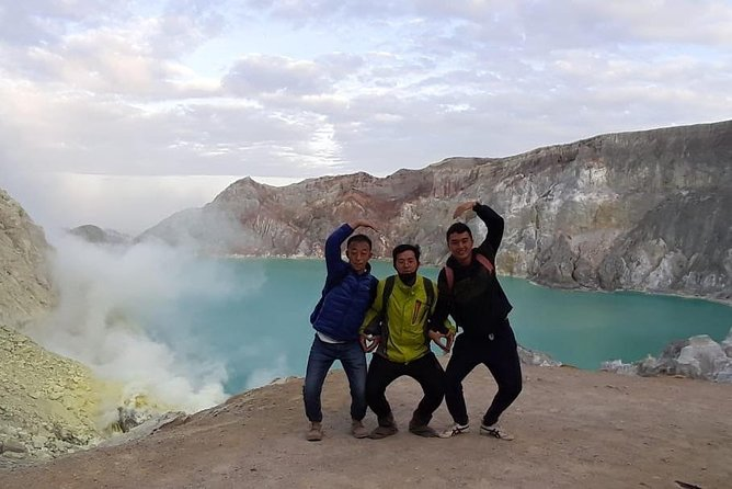 Happy Volcano Affordable Ijen Sunrise Tour 伊真山, 이젠 산, イジェン山