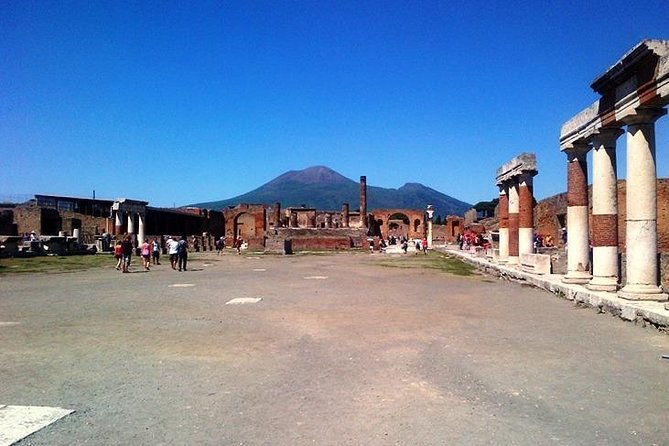 Pompeii & Archaeological Museum Of Naples Walking Tour With A Real Archaeologist
