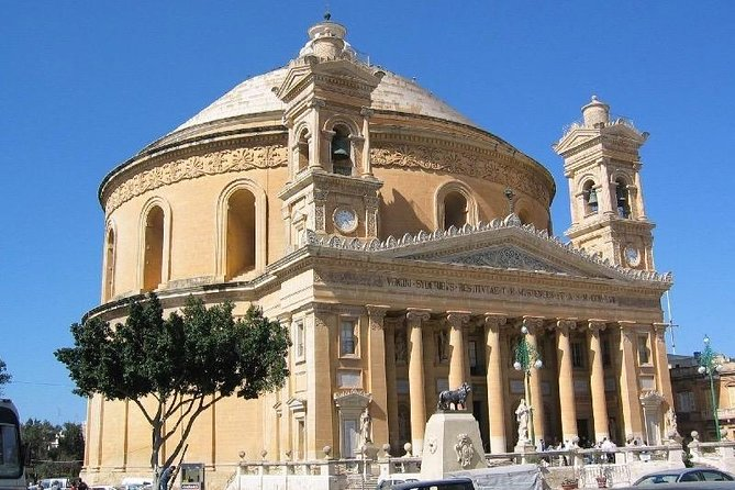 Malta, Sightseeing and Culture Tour Galore photo 1