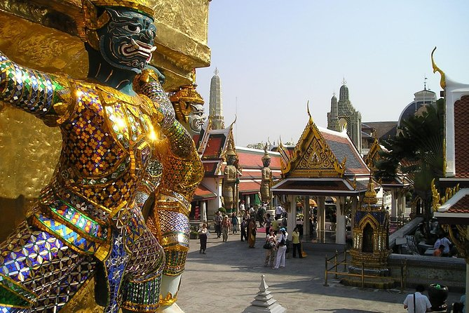See 30+ Top Bangkok Sights. Fun Local Guide! Private Tour