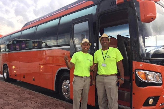 Curacao Round-Trip Airport Transfer Package