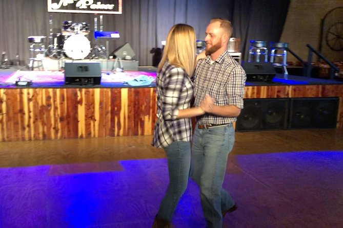 Learn the Texas Two-Step: Couples Dancing Class in Nashville