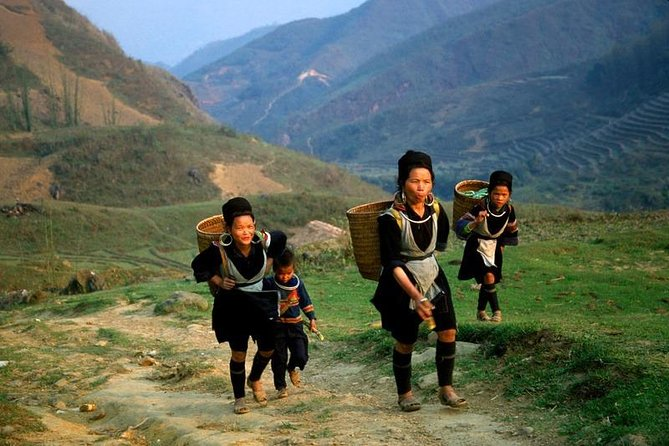 2 day - 3 night Sapa Trekking Tour From Hanoi By Overnight Train