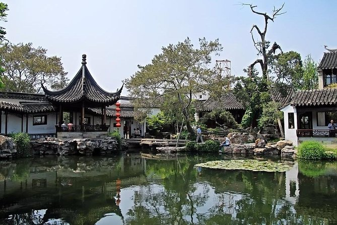 Suzhou and Tongli Watertown Private Full-Day Tour From Shanghai