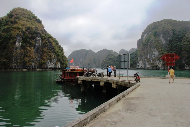 Full day hikking in Jungle of Cat Ba National park photo 30